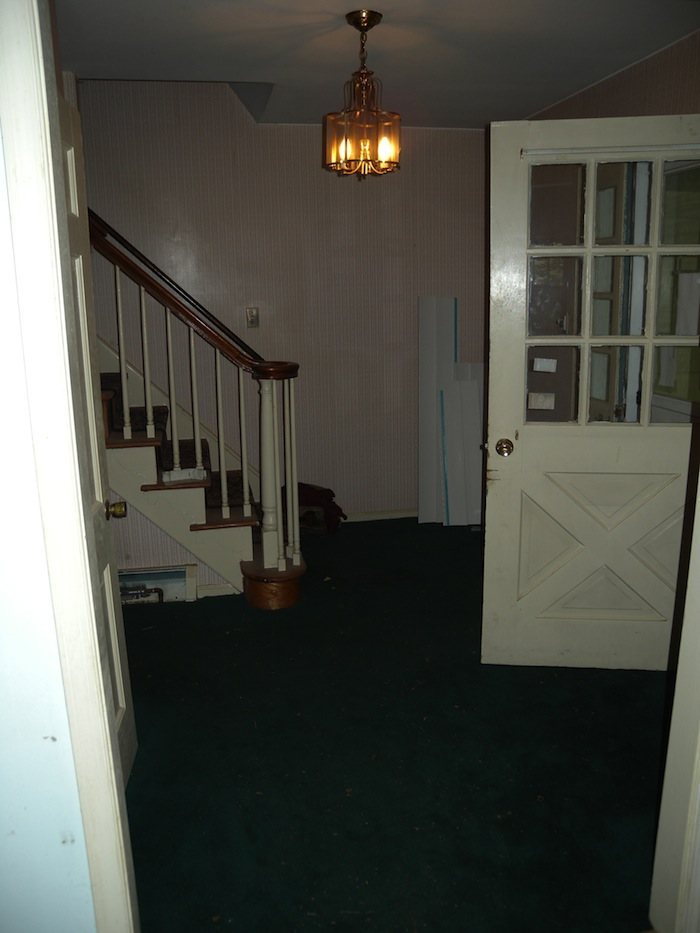 Foyer4Before